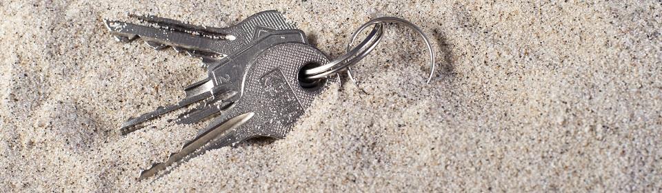 sleutels in zand
